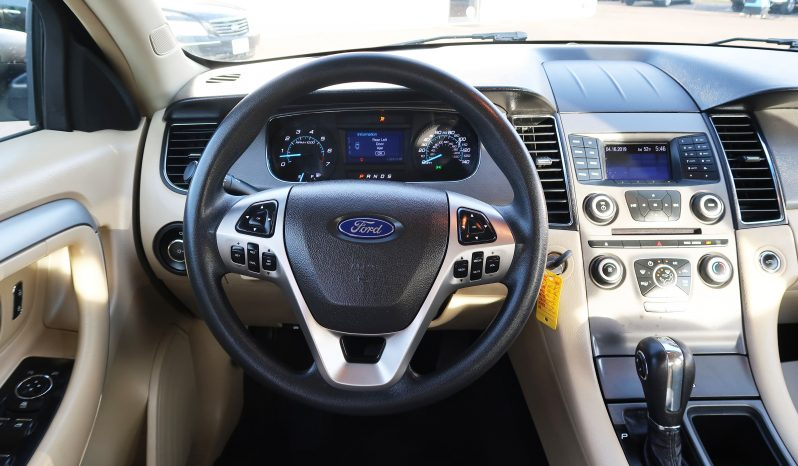 2013 Ford Taurus Sedan full