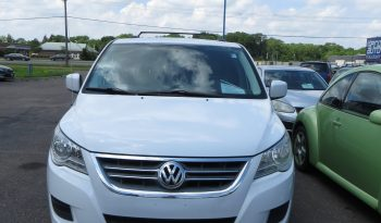 2014 VOLKSWAGEN ROUTAN SE full